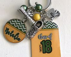 Give your high school student a custom key chain. You choose the year and colors. Best Friend Gifts, Gifts For Friends, Best Gifts, Gifts For Her, Senior Gifts, Grad Gifts, Gifts For Sports Fans, Personalized Gifts, Handmade Gifts