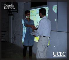 Alumnos de Diseño Gráfico en Conferencia ¨Las Tres del Diseño Editorial¨ con L.D.G. Cristel Rojas