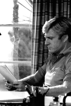 Robert Redford ...in 'The Way We Were' (1973) // Source: http://bonjour-paige.tumblr.com