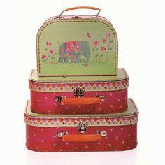 Schattige koffertjes met of zonder inhoud... groetjesvan.com
