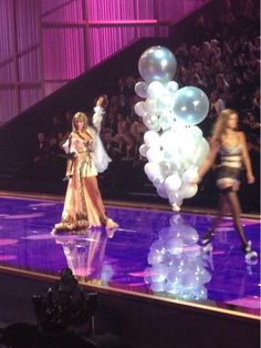 Taylor on the runway performing at the Victoria's Secret fashion show 2014