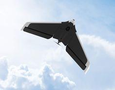 Parrot Disco è un nuovo drone facile da utilizzare che raggiunge gli 80 Km/h e ti fa vedere tramite un visore quello che riprende in diretta la videocamera installata a bordo.  Il mercato dei droni è in continua espansione e, da una delle aziende pioniere in questo campo, arriva un nuovo modello adatto anche ai principianti che vogliono provare l'ebrezza del volo telecomandato.