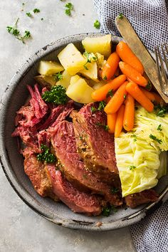 This Slow Cooker Guinness Corned Beef is an easy one pot meal make in the crockpot! The Guinness and a touch of brown sugar make the dish extra special! | www.countrysidecravings.com Cornbeef And Cabbage Crockpot, Corn Beef And Cabbage, Crockpot Cabbage Recipes, Healthy Crockpot Recipes, Cooking Recipes, Snack Recipes, Crock Pot Potatoes, Beef And Potatoes, Cabbage And Potatoes
