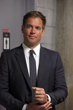 """Tony: ""Put down the gavel, take off the robe, and stop judging!"" #NCIS"""