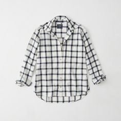 Abercrombie & Fitch Boyfriend Flannel Shirt ($58) ❤ liked on Polyvore featuring tops, white plaid, oversized shirt, oversized plaid shirt, plaid shirts, oversized boyfriend shirt and collared shirt