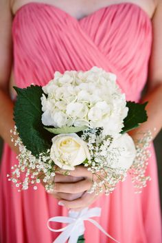 Hydrangea, Rose and Baby's Breath Bridesmaid Bouquet | Photo: Rachel Goble Photography |