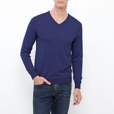 MEN EXTRA FINE MERINO V NECK SWEATER  67 Blue pictured, also bought in heathered charcoal