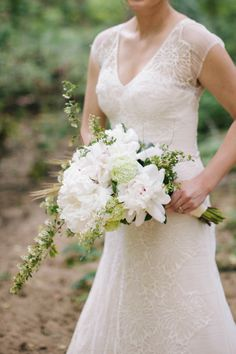 Beautiful white bouquet: http://www.stylemepretty.com/new-jersey-weddings/south-jersey/2014/08/08/southern-new-jersey-enchanted-woodland-wedding-inspiration/ | Photography: Bri Morse - http://www.brimorseimagery.com/