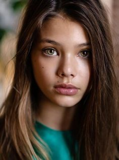{{Fc.Laneya Grace}}Brittish accent}}Hello my name is Alexia.I'm 12 and single.My parents are Professor Song and The Doctor.I have asthma but i don't care.Thats its come say hello.