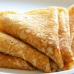 The 4 best crepe recipes on Thermomix - TİNA Breakfast Fruit Salad, Breakfast Time, Breakfast Recipes, Best Crepe Recipe, Crepe Recipes, Pancake Roll, Russian Recipes, Appetisers, Breakfast Casserole