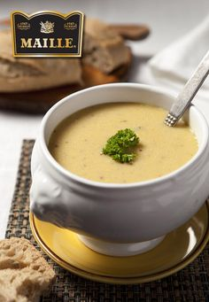 Delicious Soup for Lunch or Starter Pureed Food Recipes, Soup Recipes, Healthy Recipes, I Love Food, Good Food, Yummy Food, Dutch Recipes, Warm Food, Healthy Soup