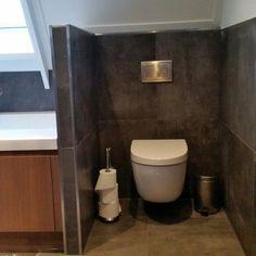 Home - Ben Scharenborg realiseert Wooncomfort Toilet, Bathroom, Tile, Gray, Washroom, Litter Box, Bathrooms, Flush Toilet, Powder Room