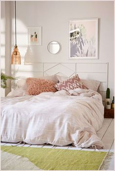 Urban outfitters bed urban outfitters bedroom ideas full size of twin bedding room decor wall urban . Urban Rooms, Urban Bedroom, Bedroom Decor Cozy, Bedroom Makeover, Bedroom Images, Home Decor, Room Decor, Dorm Room Decor, Minimalist Bedroom Boho