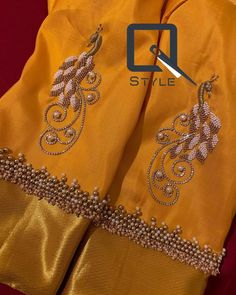 Traditional Blouse Designs, Simple Blouse Designs, Stylish Blouse Design, Silk Saree Blouse Designs, Bridal Blouse Designs, Kurta Designs, Blouse Patterns, Simple Designs, Peacock Embroidery Designs