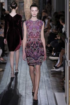 So so freaking pretty - you know, bc i can afford valentino - rich purples - Valentino Couture Fall 2012 Collection
