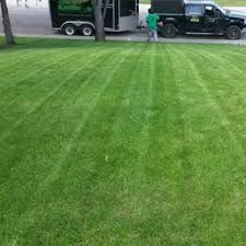 Lawn Maintenance Calgary Greener Grass offers 3 fertilizing programs to suit your needs. Liquid, Slow Release Granular, and Organic. All programs include 4 applications applied every weeks.