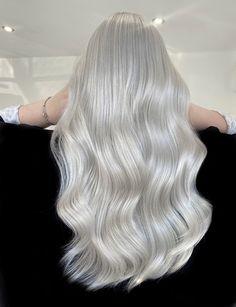Ice Blonde Hair, Silver Blonde Hair, Icy Blonde, White Blonde, Blonde Hair Colors, Nordic Blonde, Long White Hair, Bleach Blonde Hair, Platinum Hair