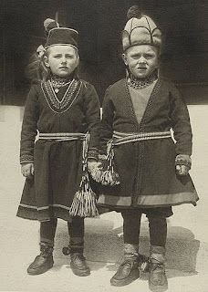 Immigrant Sami children at Ellis Island, likely from Sweden.