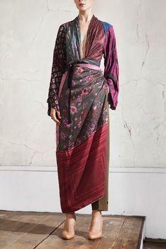 Maison Martin Margiela for H&M kimono dress Boho Fashion, Fashion Beauty, Womens Fashion, Fashion Design, Kimono Dress, Dress Up, Long Kimono, Tribute, Bohemian Mode