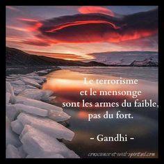 Blogs - Le Défi des 100 jours Gandhi, Phrases, Voici, Islam, Messages, Favorite Quotes, Thinking About You, Proverbs, Beautiful Lyrics