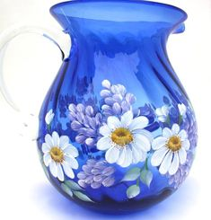 Blue 4 Quart floral pitcher in two color schemes Bottle Painting, Bottle Art, Bottle Crafts, Painted Glass Vases, Painted Wine Glasses, Glass Pitchers, Glass Bottles, Mosaic Glass, Glass Art