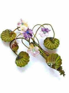 Bouquet violette spilla