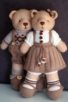 Knitted teddy bear Handmade toys by Vasilisa Romanova. Knitted teddy bear Handmade toys by Vasilisa Romanova. Knitting Bear, Teddy Bear Knitting Pattern, Knitted Doll Patterns, Animal Knitting Patterns, Knitted Teddy Bear, Knitted Dolls, Knit Or Crochet, Crochet Dolls, Knitting Terms