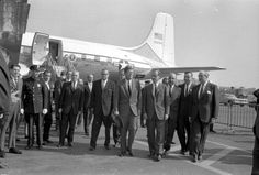 ST-464-10-62. President John F. Kennedy Arrives at LaGuardia Airport in New York - John F. Kennedy Presidential Library & Museum
