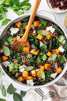 Wheat Berry Salad - Love and Lemons #wheatberry #wheat #wheatlovers #wheatgrass #wheatberries #farming #healthy #homegrown #Farm #wheatrecipes #food #foodie #healthylifestyle #healthyeating
