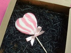 Pink heart-shaped swirl lolly.  Rock candy, favours, personalized sweets, wedding favours, edible, wedding rock sweets, sweets, rock sweets, customizable candy, sweet shop, sweetie, hen party, bridesmaid gift, wedding confectionery, Bonbonnier, party sweets, hard candy, unique gift, candy buffet, candy table, treats, winter wedding, summer wedding, spring wedding, autumn wedding, budget wedding, edible favour, unique wedding ideas Fall Wedding Invitations, Wedding Favours, Gift Wedding, Autumn Wedding, Spring Wedding, Personalised Sweets, Swirl Lollipops, Wedding Party Shirts, Edible Favors