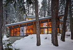 North Lake Wenatchee Cabin by DeForest Architects
