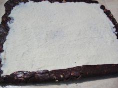 Rulada de biscuiti cu mascarpone si nuca de cocos - Rețete Merișor Biscuit, Cheesecake, Meat, Ethnic Recipes, Desserts, Food, Mascarpone, Tailgate Desserts, Deserts