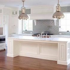 Best White Kitchen Cabinet Paint Color Linen White 912 400 x 300