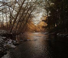 Green River. Winter. Dusk.