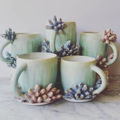 Ceramicist Katie Marks Creates Beautiful Ceramic Coffee Mugs That Double As Art Pieces Clay Mugs, Ceramic Mugs, Ceramic Pottery, Ceramic Art, Ceramics Projects, Clay Projects, Stars Disney, Biscuit, Mug Designs