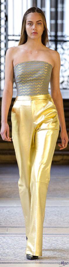 Didit Hediprasetyo Fashion 2017, Love Fashion, Runway Fashion, Fashion Dresses, Retro Outfits, Office Outfits, Stylish Outfits, Beautiful Gowns, Beautiful Outfits