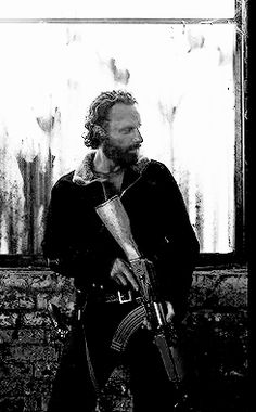 Welcome to the Church of Rick Grimes. We are a sanctuary and safe haven for fans of our favorite. Walking Dead Pictures, The Walking Dead Tv, Walking Dead Season, Dead Still, Wallpaper Animes, Dead Inside, Stuff And Thangs, Andrew Lincoln, Rick Grimes