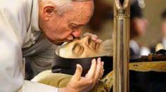 Korunka Pátra Pia – Modlitba.sk God, Couple Photos, Youtube, Lifestyle, News, Couple Pics, Dios, Couple Photography, Praise God