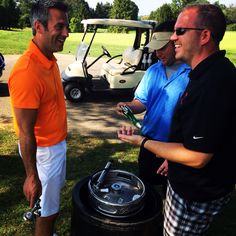 Beers friends and golf