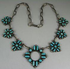 Vntg Zuni 7 Turquoise Floral Pendant Necklace