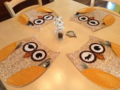 26 hill owl | GOLDEN OWL PLACEMATS by QuiltMix