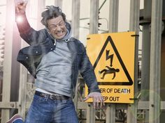 LONDON - England - Celebrity mockney cook, Jamie Oliver has been electrocuted. The news of his passing was greeted favourably by the general public.