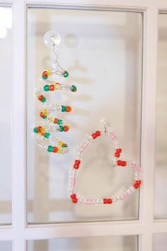 Beaded Suncatchers / For the Home | Fiskars glass beads: http://www.ecrafty.com/c-2-glass-beads.aspx