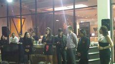 """#EsContigo """"SAL DE LA RUTINA con #AmoresDeBarra """".Jueves 23, Viernes 24 y Sábado 25 / 04.Hotel EUROBUILDING Ccs.8:30PM.445Bs.Entradas en:www.tuticket.com + aquí: ... instagram.com/p/1oAMC2RwxK/"""