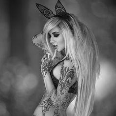 Tattooed Pin Up, Sara Fabel Tattoo Girls, Girl Tattoos, Tattoos For Women, Tattooed Women, Tatoos, Hot Inked Girls, Hot Girls, Hot Tattoos, Body Art Tattoos