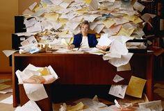 Organizar os documentos faz a diferença no dia-a-dia. Vale a pena tirar um dia para colocar os papéis em ordem.