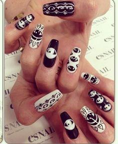Kyle Jenner's nail art
