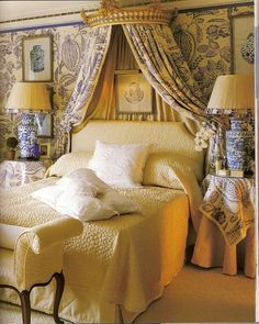 Bed with bed crown. From Blue and White Living by Stephanie Hoppen with photographs by Fritz Von Der Schulenburg. French Country Bedrooms, French Country Decorating, Country French, Beautiful Bedrooms, Beautiful Interiors, White Interiors, Home Bedroom, Bedroom Decor, Master Bedroom