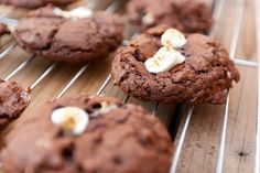These could easily be adapted to smores cookies!  Rocky Road Cookies from Life Currents #cookies #chocolate #rockyroad