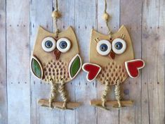 Newest Snap Shots clay ornaments owl Style clay owl ceramic owl pottery owl owl wall hanging owl Owl Crafts, Clay Crafts, Diy And Crafts, Ceramic Owl, Ceramic Clay, Ceramic Beads, Clay Owl, Clay Clay, Clay Wall Art